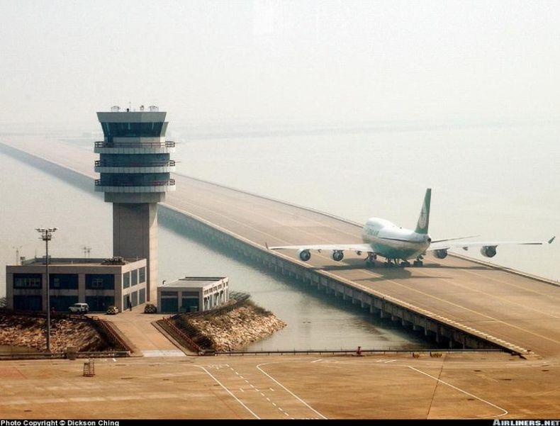 Brubeck самые необычные аэропорты в мире отличие белья термоэффектом