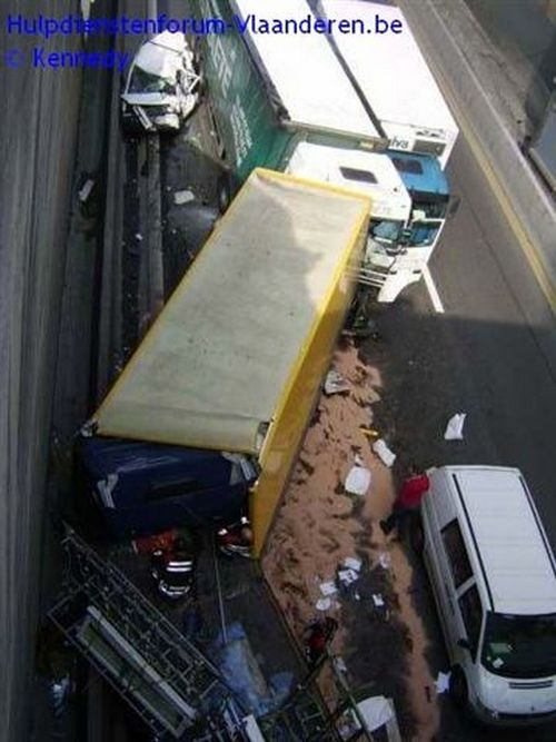 Ужасная авария в тоннеле