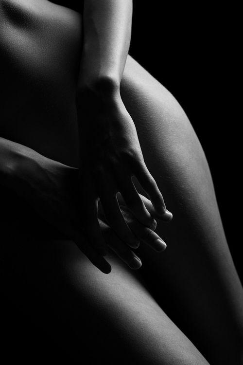 Черно-белая эротика