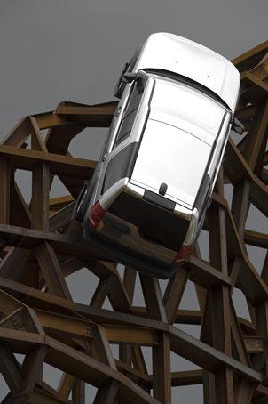 Land Rover пройдет всюду